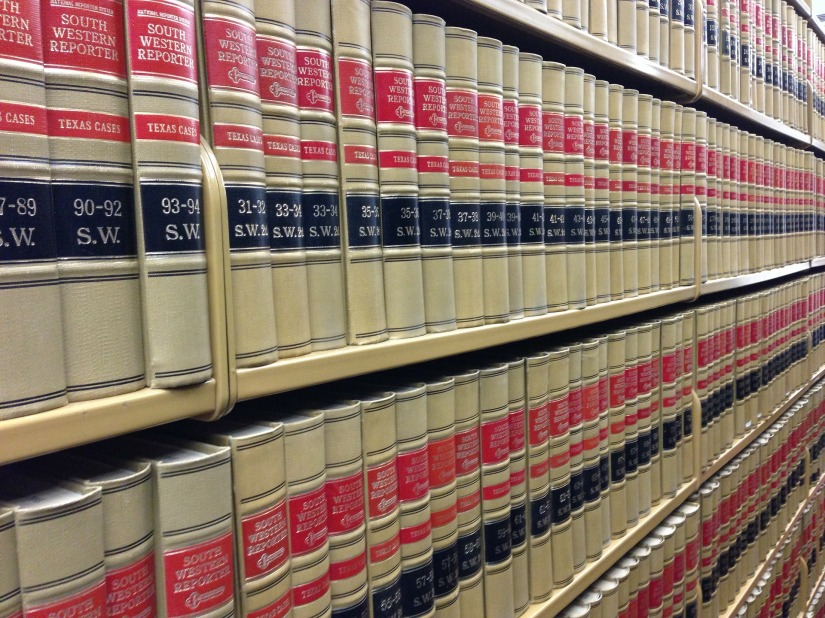 law-books-291676_1920